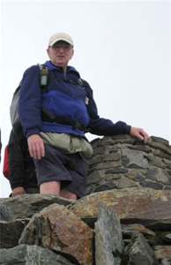 Alan Yates aged early 70s recent;y climbing mount Snowden